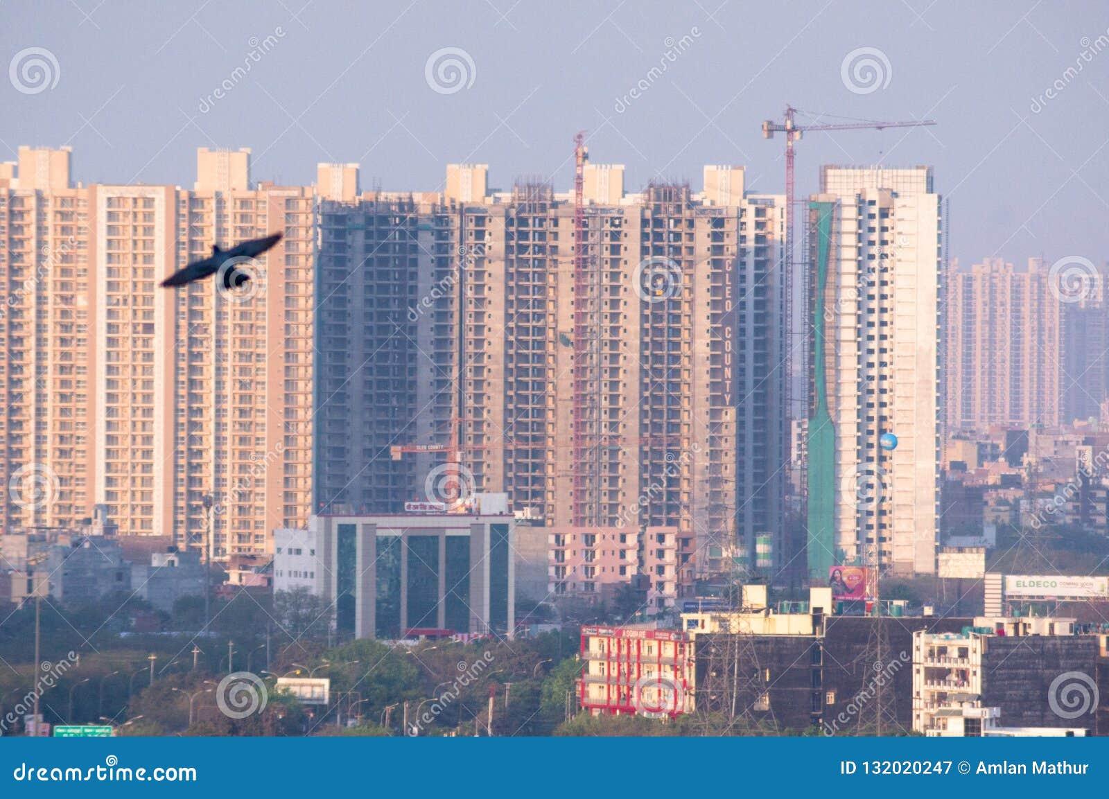 摩天大楼noida德里gurgaon的房子办公室空中射击