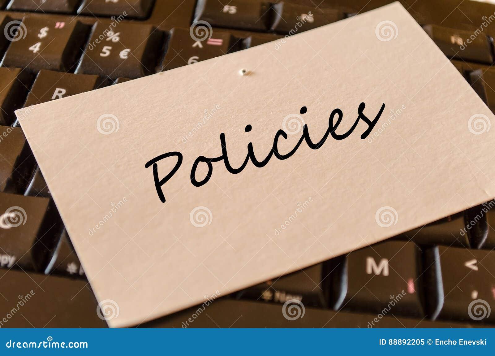 政策-关于键盘的笔记在办公室