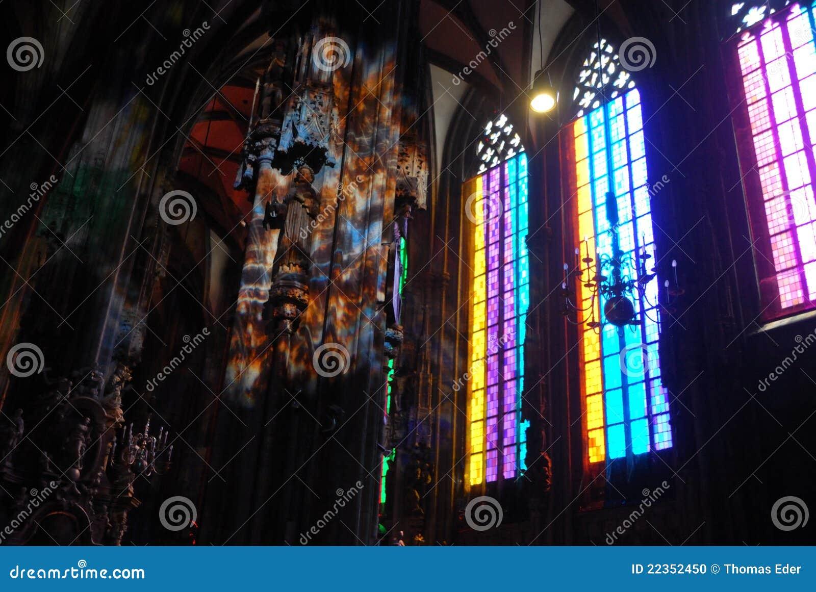 教会五颜六色的lightin st斯蒂芬