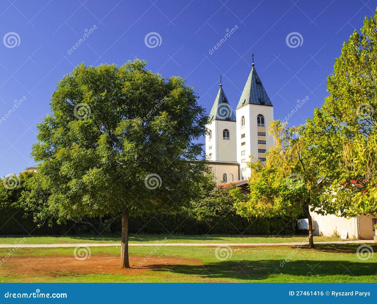 教会的塔Medjugorje的