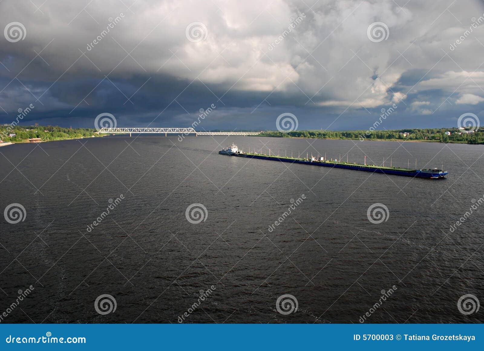 散装货轮kostroma河俄国伏尔加河