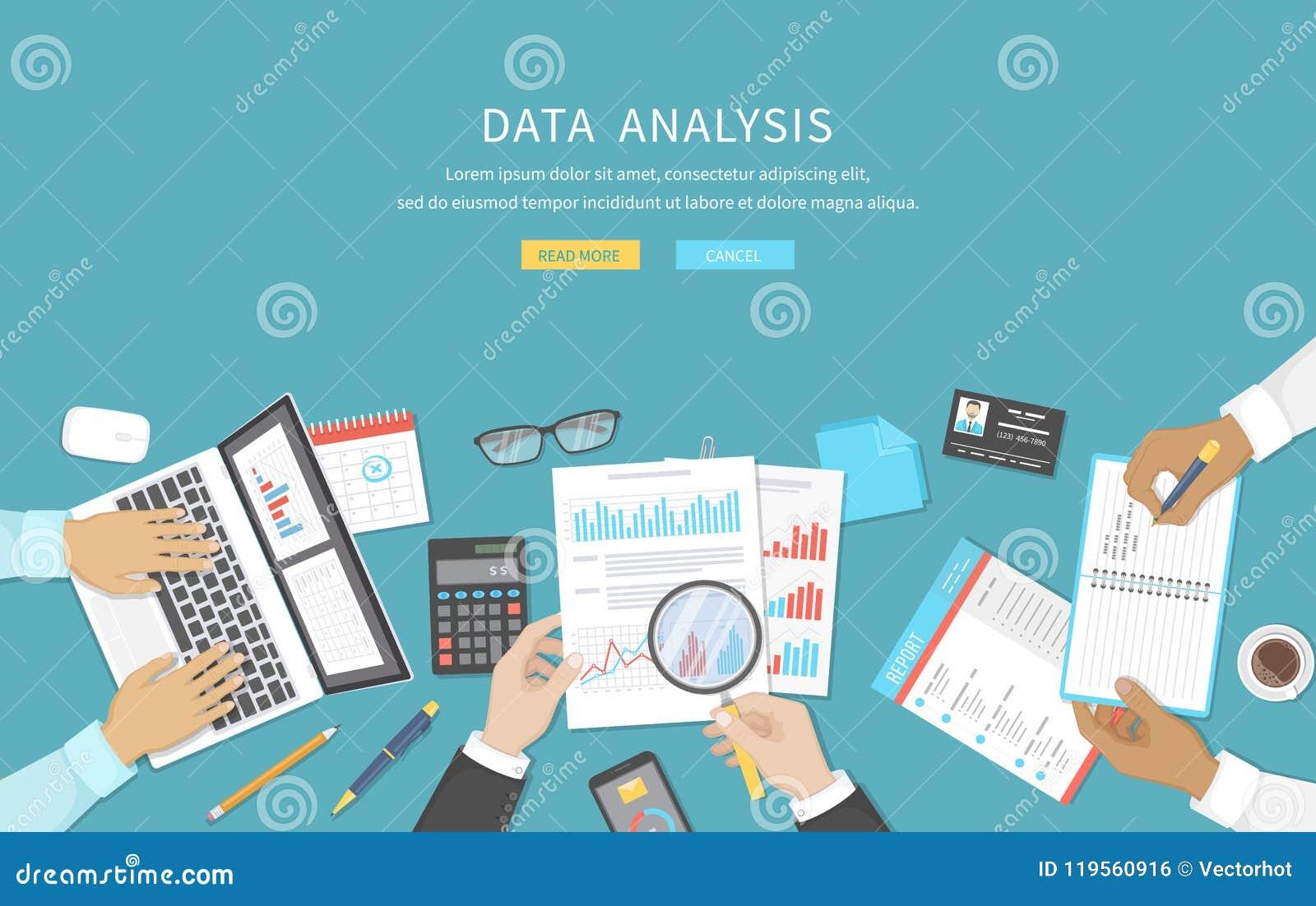 数据分析,业务会议,审计,演算,报告,会计 书桌的人们在工作 递人力表图片