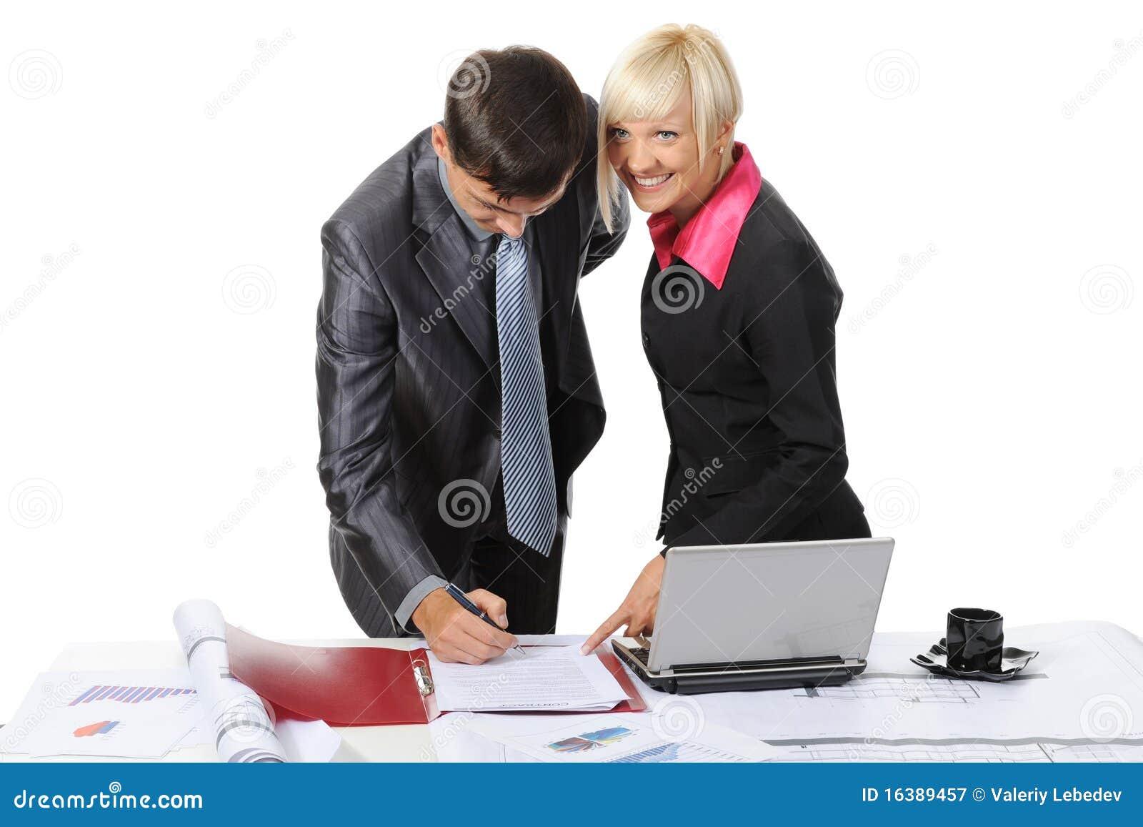 文件合作伙伴签字