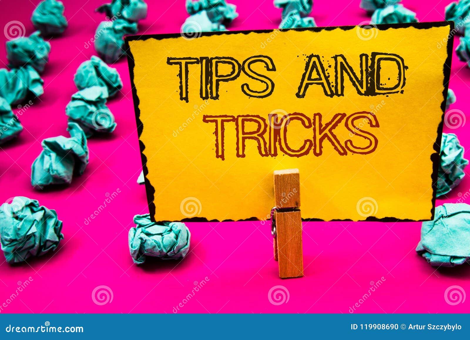 文本标志陈列打翻并且欺骗 做事更加容易的有用的忠告解答晒衣夹的概念性照片建议举行ho
