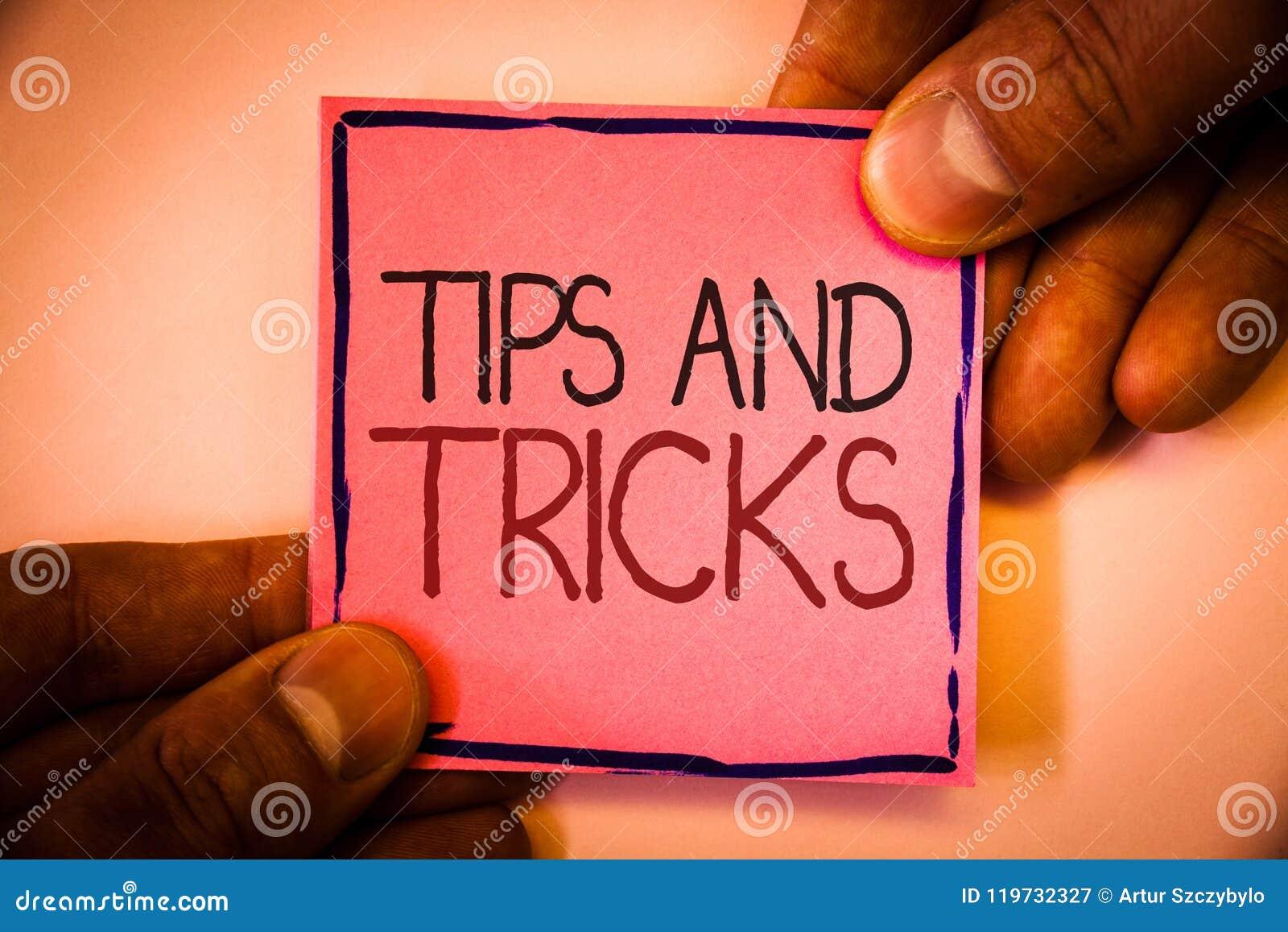 文本标志陈列打翻并且欺骗 做事更加容易的有用的忠告解答的概念性照片建议供以人员举行p的举行