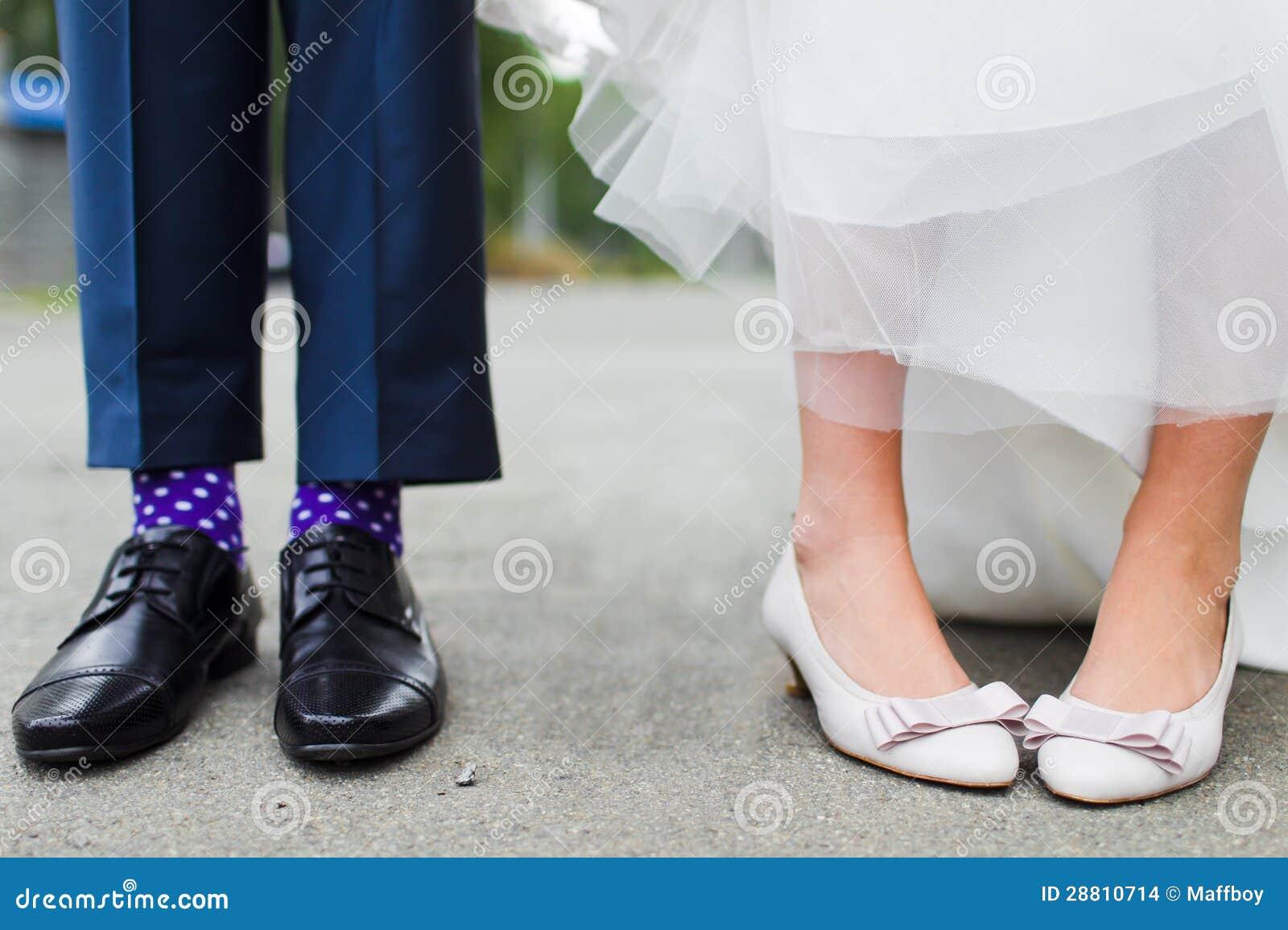 新娘和新郎的英尺