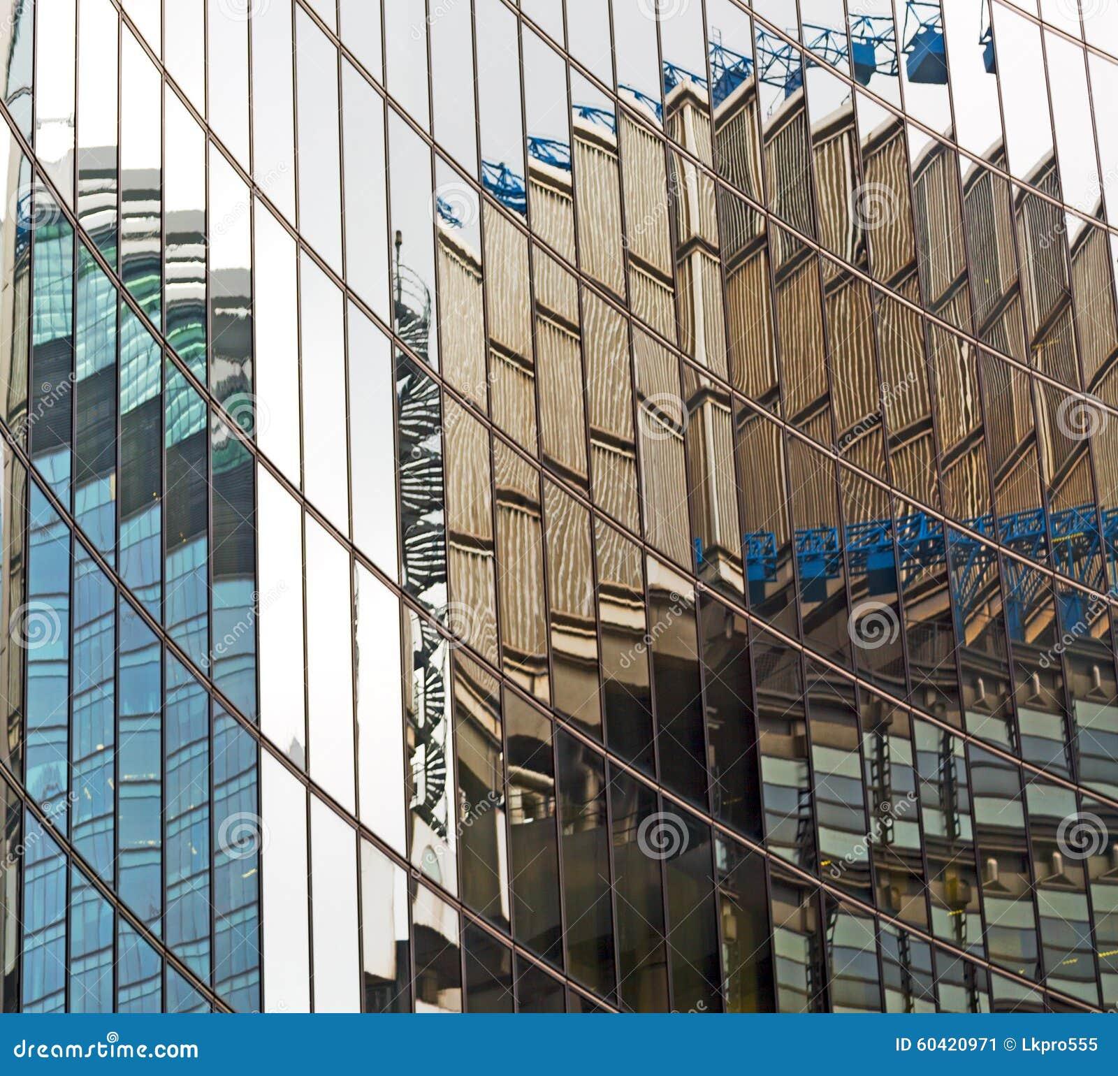 新的大厦在伦敦摩天大楼财政的区