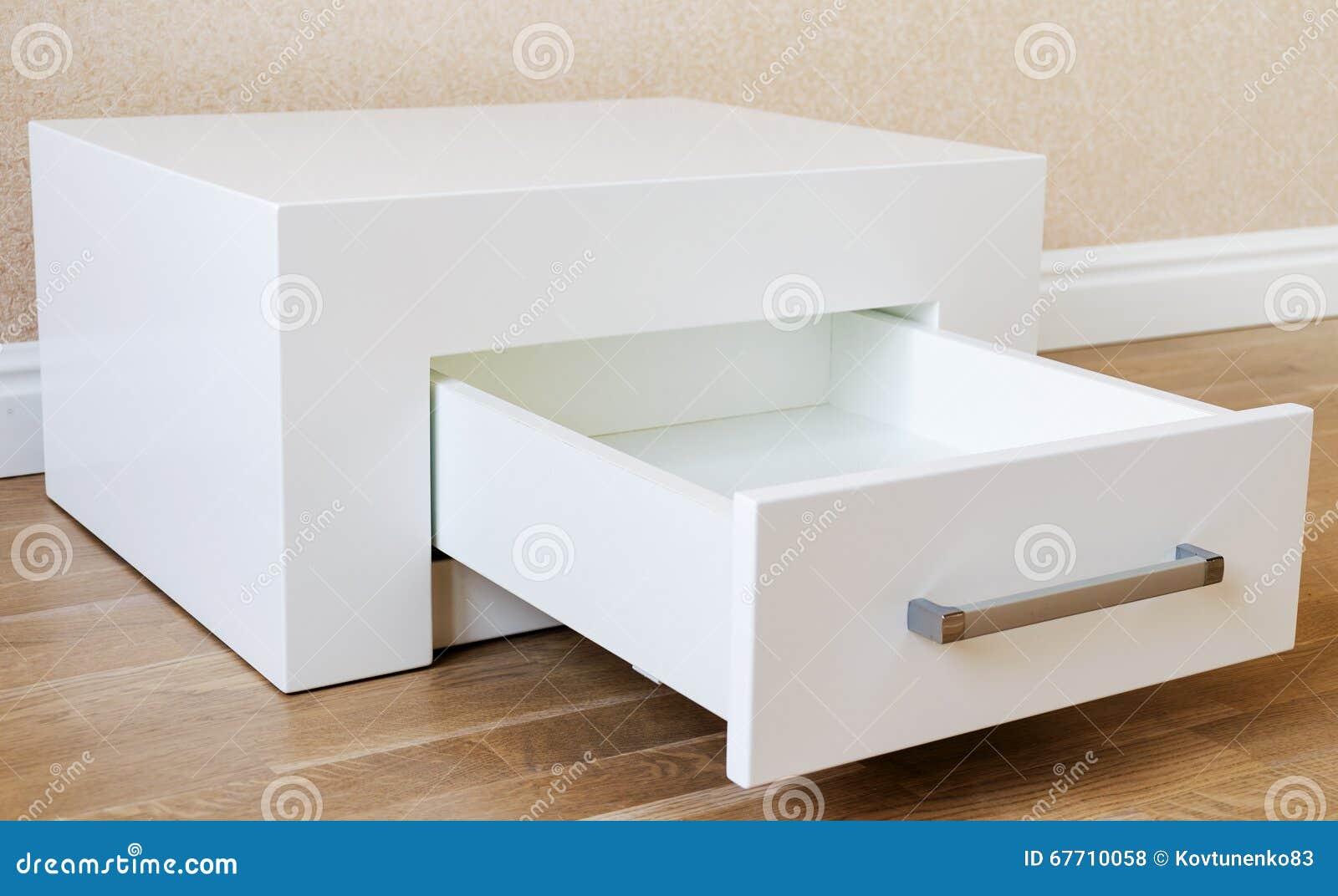 新的家具,有抽屉的内阁