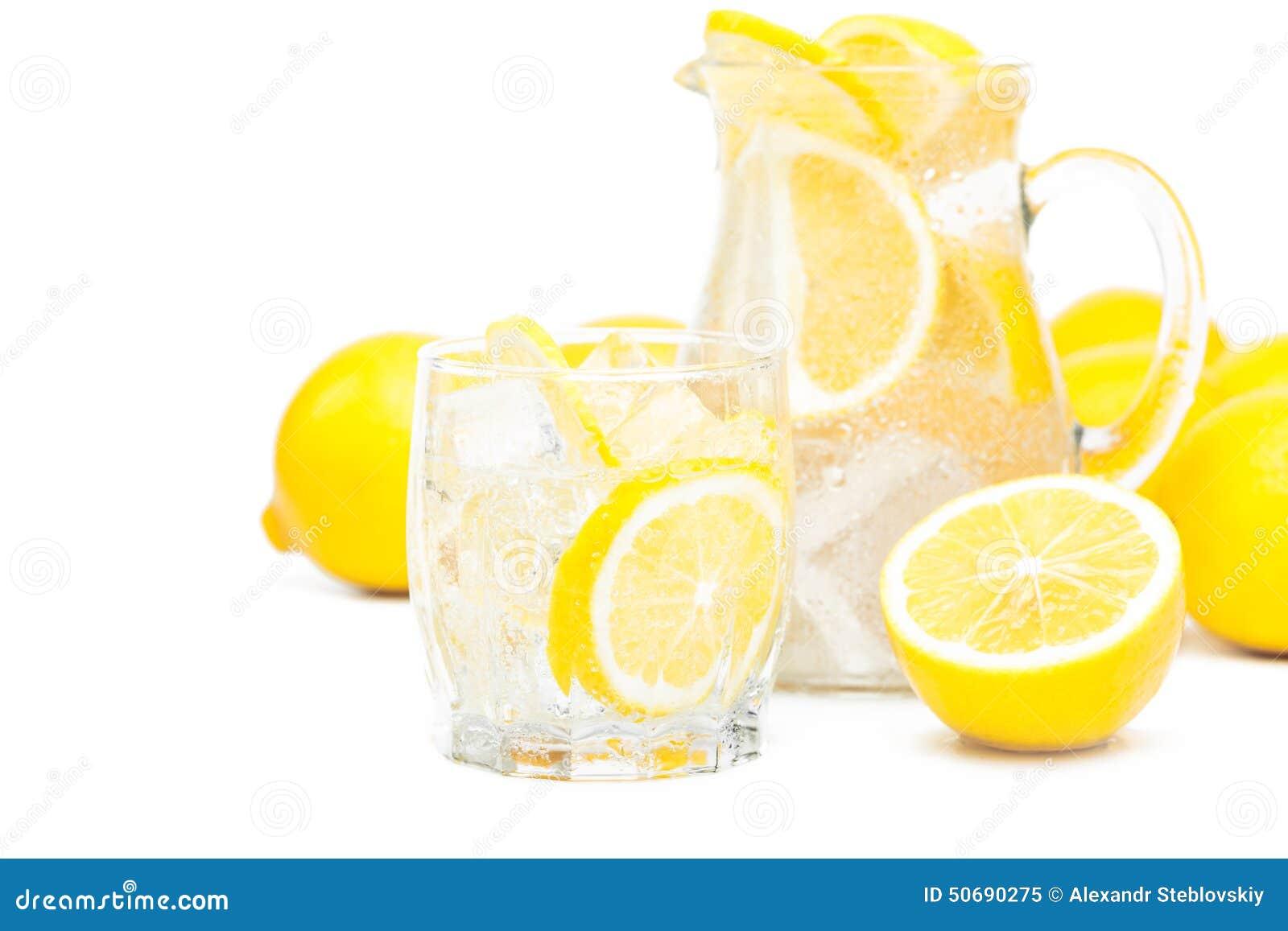 Download 新鲜的柠檬 库存图片. 图片 包括有 柑橘, 健康, 气候, 鸡尾酒, 特写镜头, 苹果酱, 饮料, bubblegum - 50690275