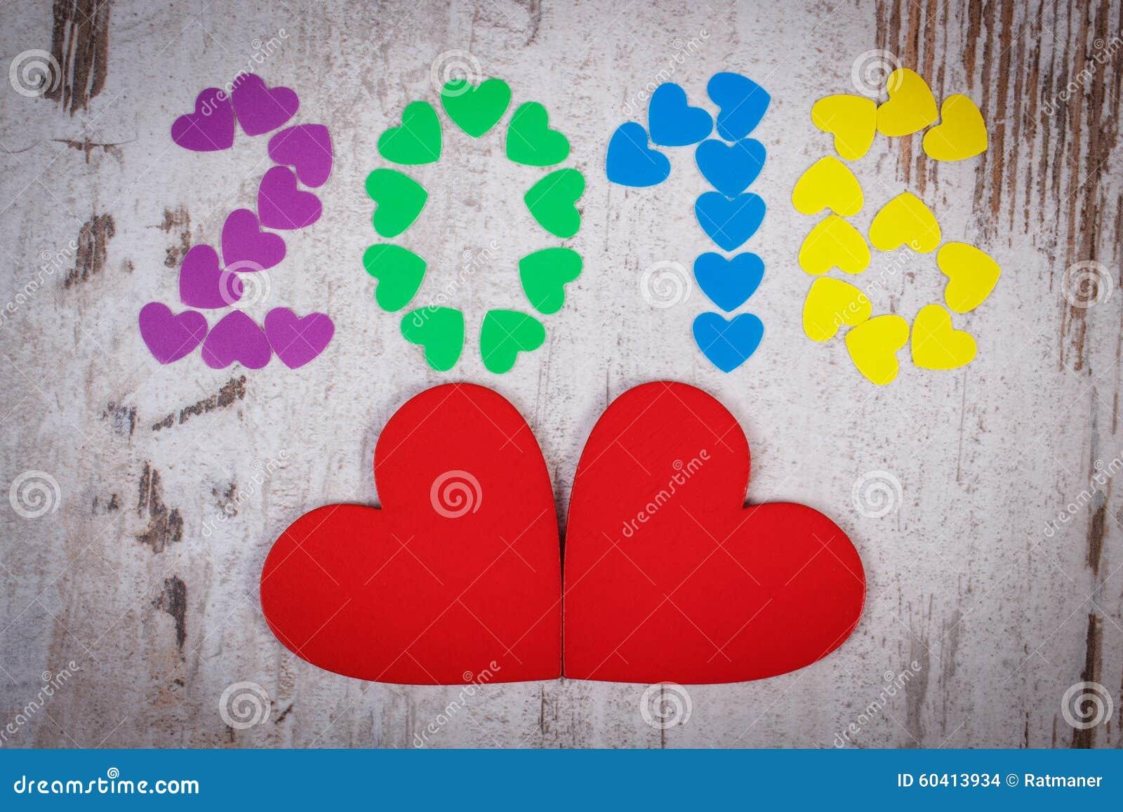 新年好2016做了五颜六色的心脏和红色木心脏