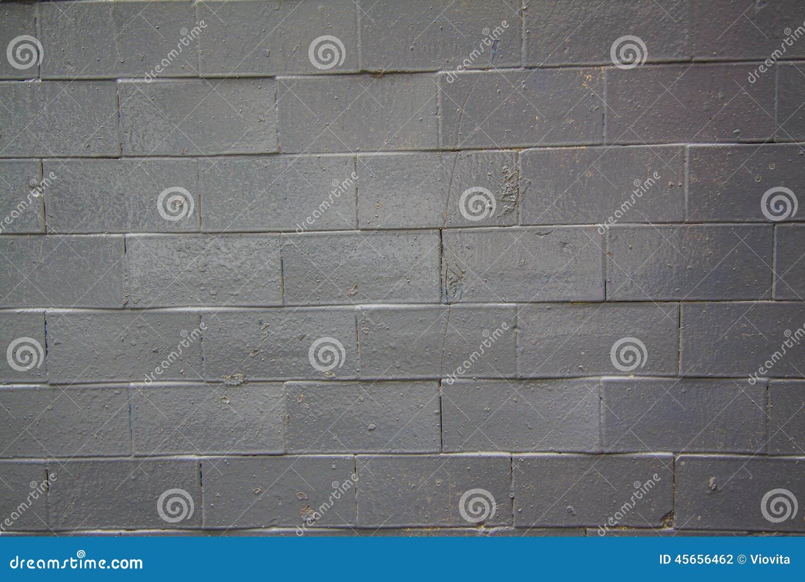 新黑的砖墙-