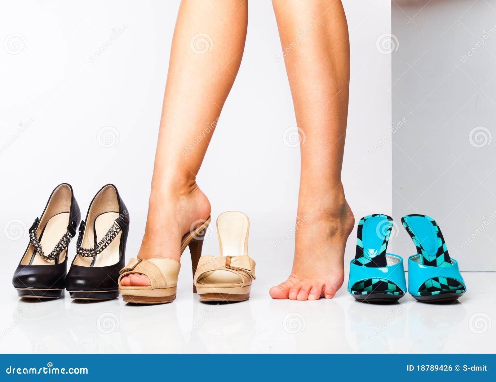 方式女性行程鞋子