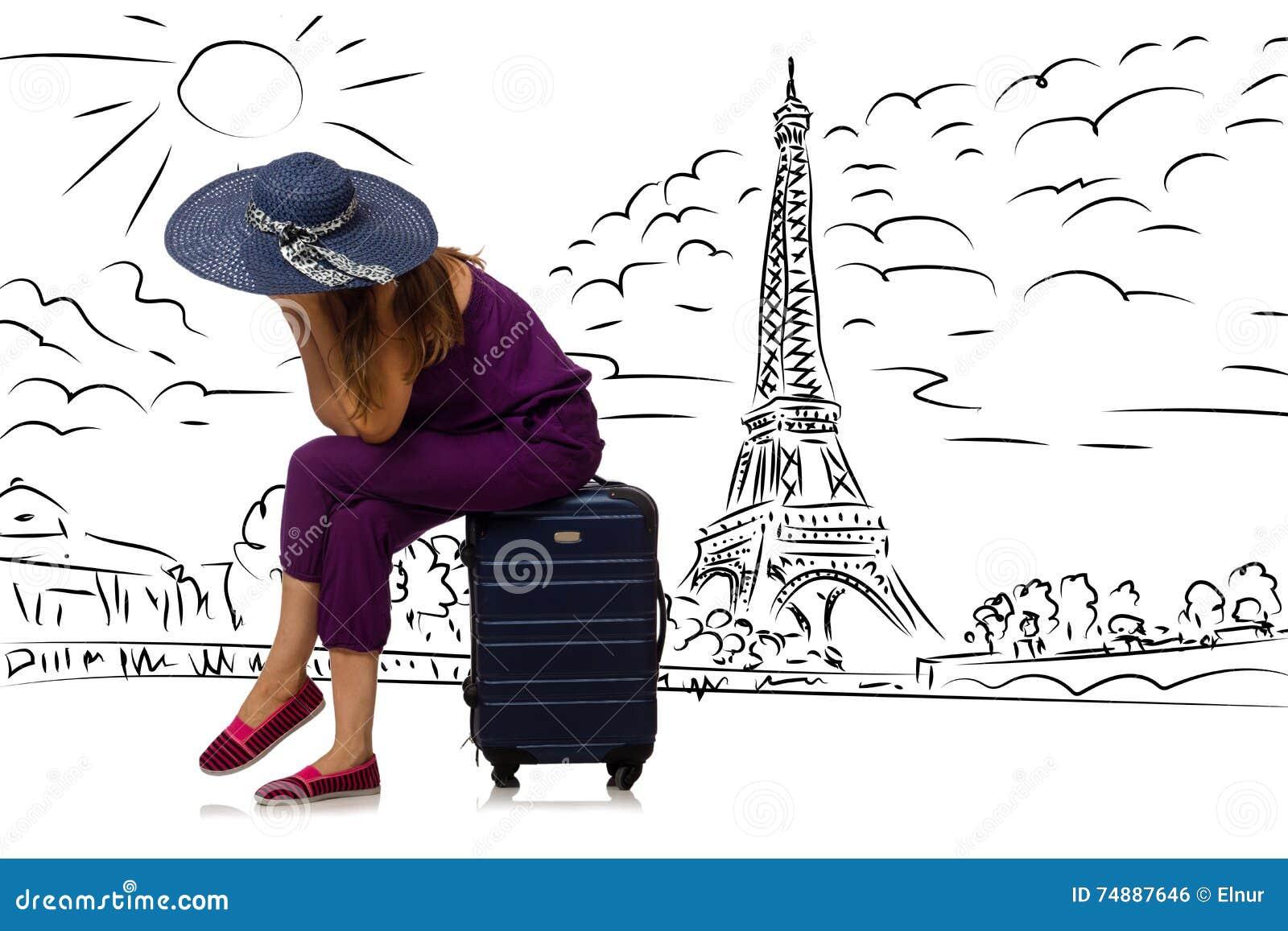 旅行到巴黎的少妇
