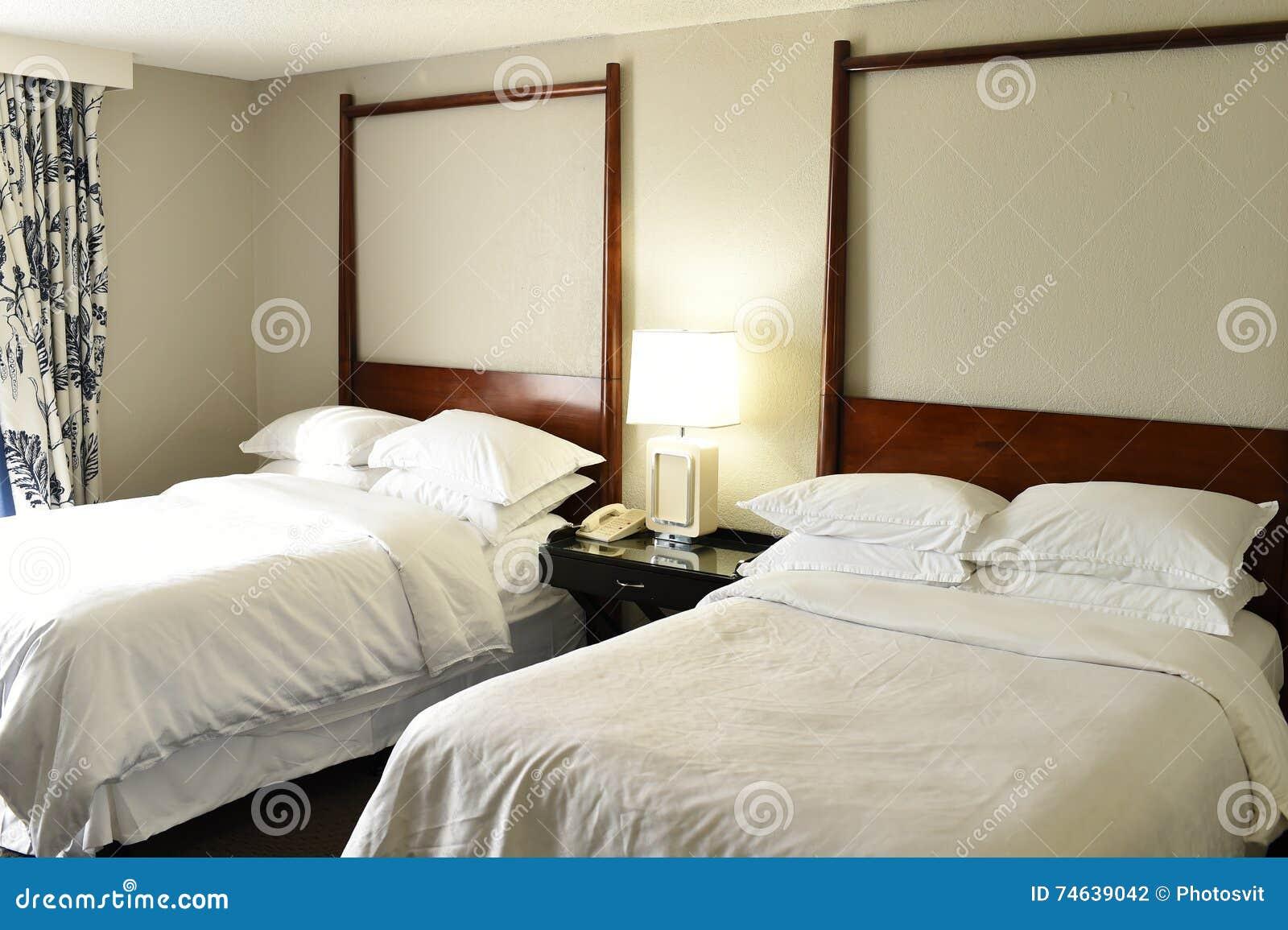 旅馆或汽车旅馆卧室