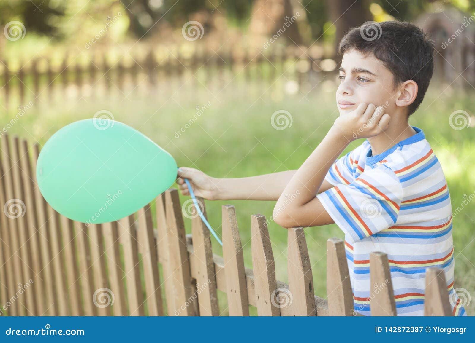 无忧无虑的童年概念