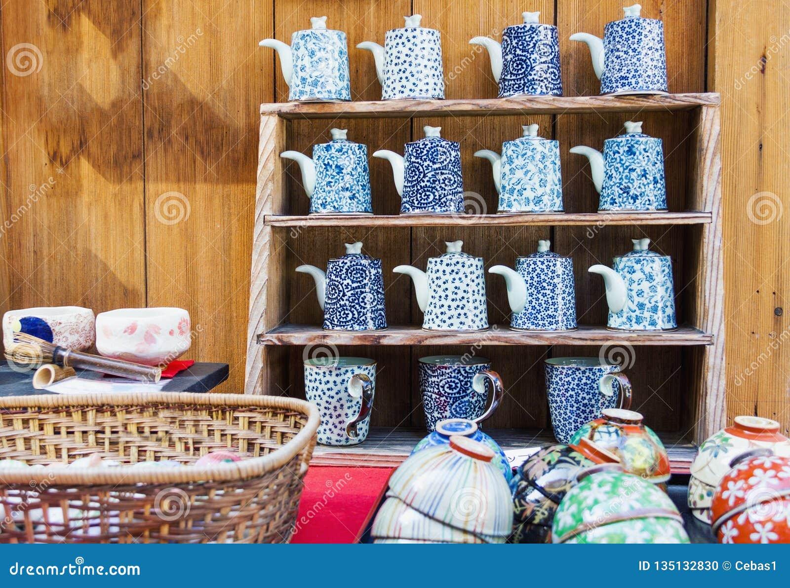 日本亚洲样式瓷瓦器待售在京都