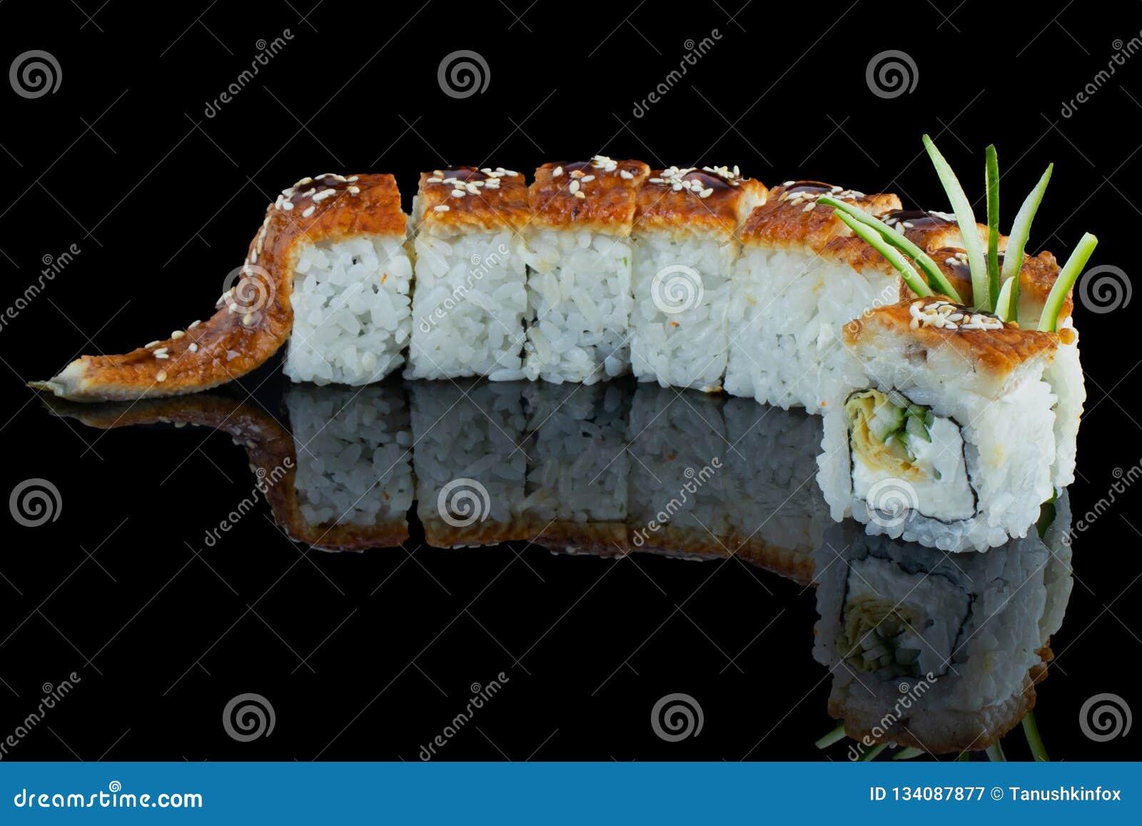 日本食物 鳗鱼卷 对咖啡馆和餐馆菜单