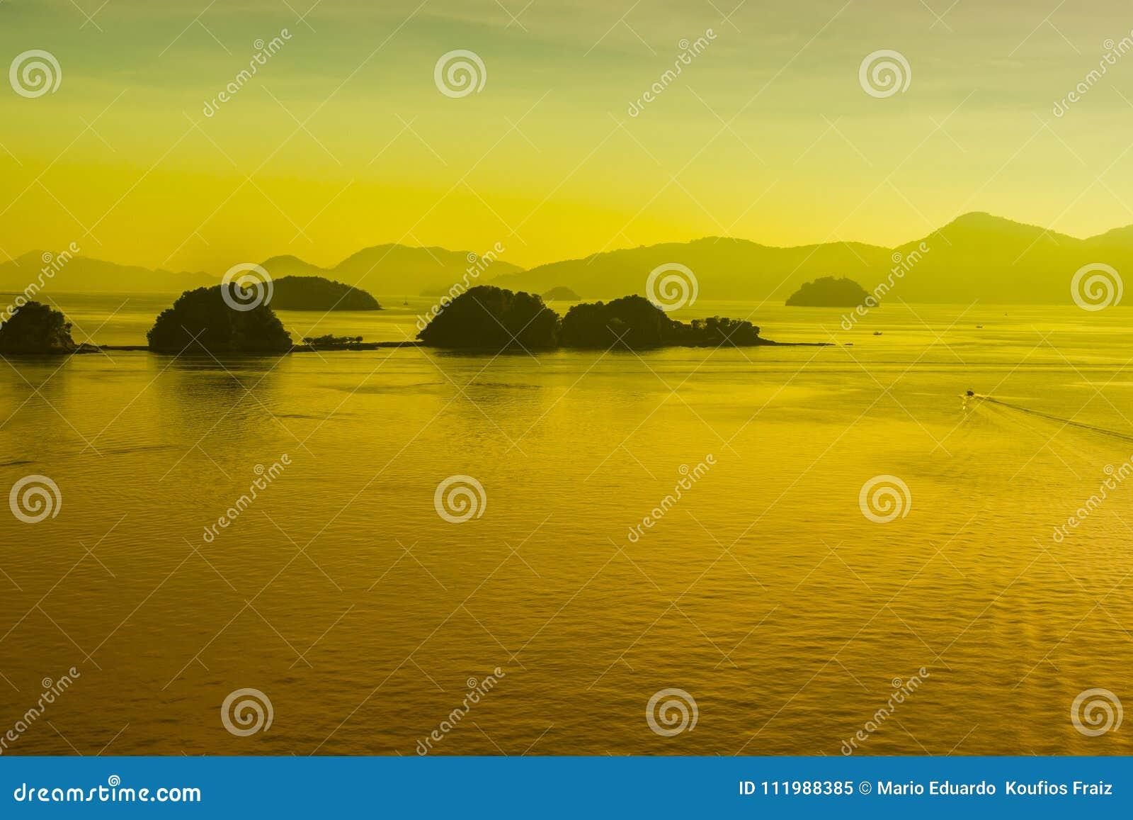 日落在凌家卫岛群岛马来西亚