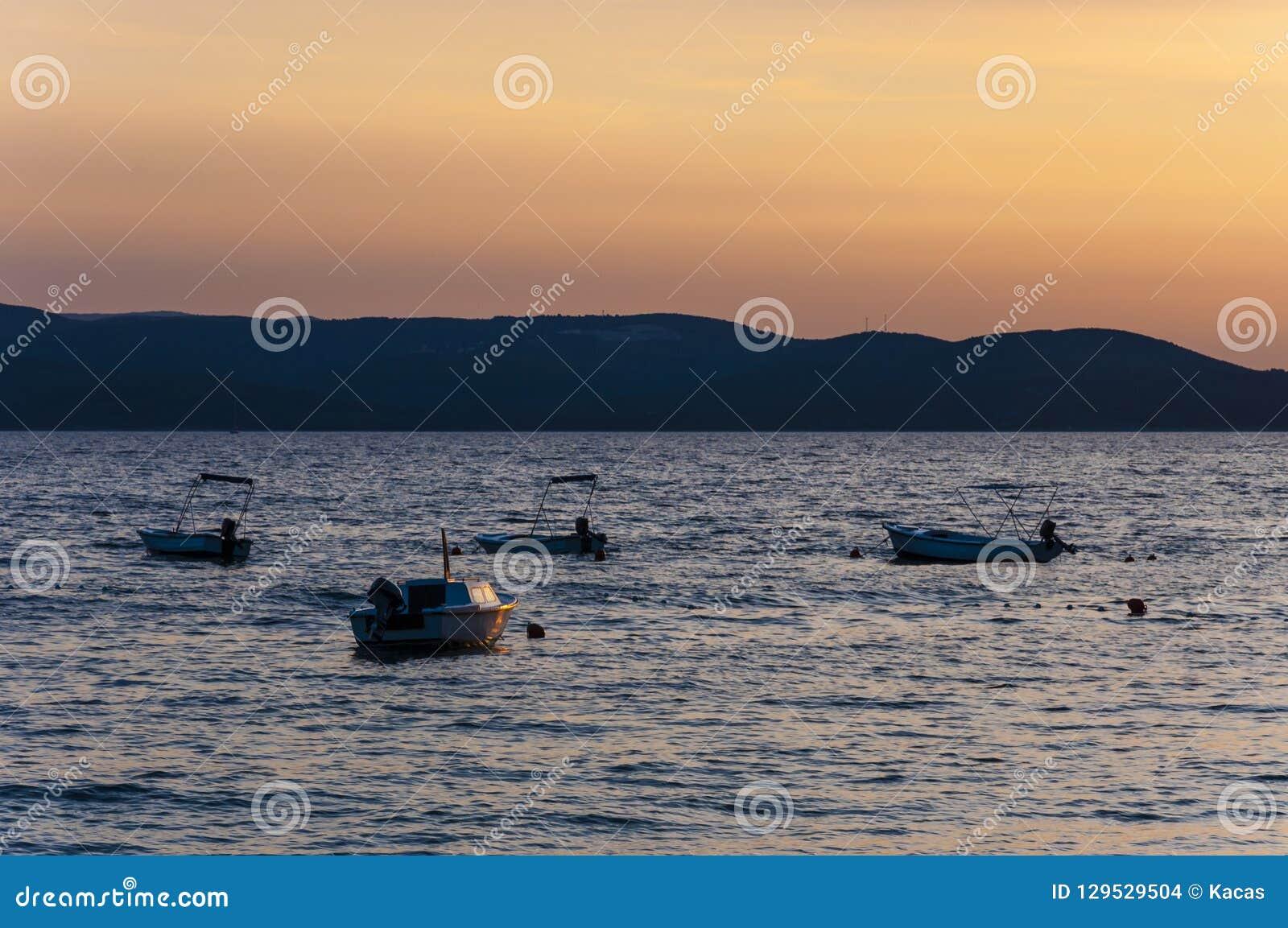 日落汽艇 亚得里亚海,马卡尔斯卡,克罗地亚