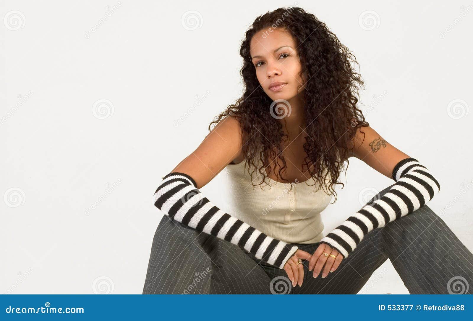 Download 时兴的女孩当事人 库存图片. 图片 包括有 性感, 犰狳, 时兴, 女孩, 姿势, 相当, 设计, 时髦, 至善至美 - 533377