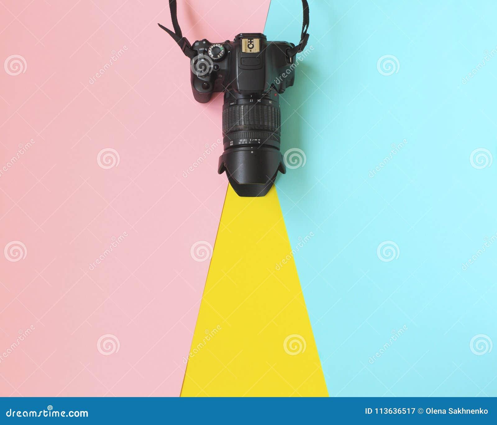 时尚影片照相机 热的夏天震动 流行艺术 照相机 行家时髦辅助部件 晴朗的夏天静物画