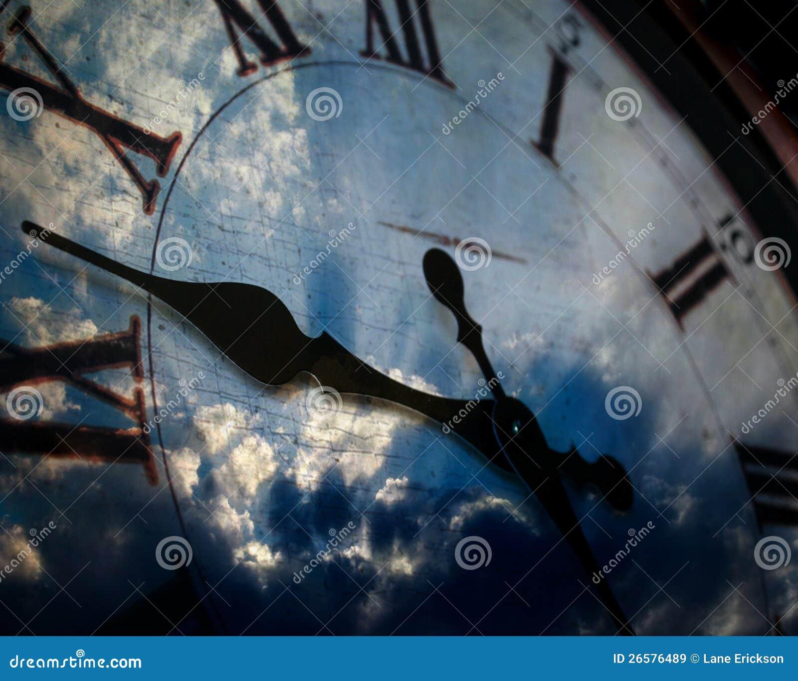 时钟和天空