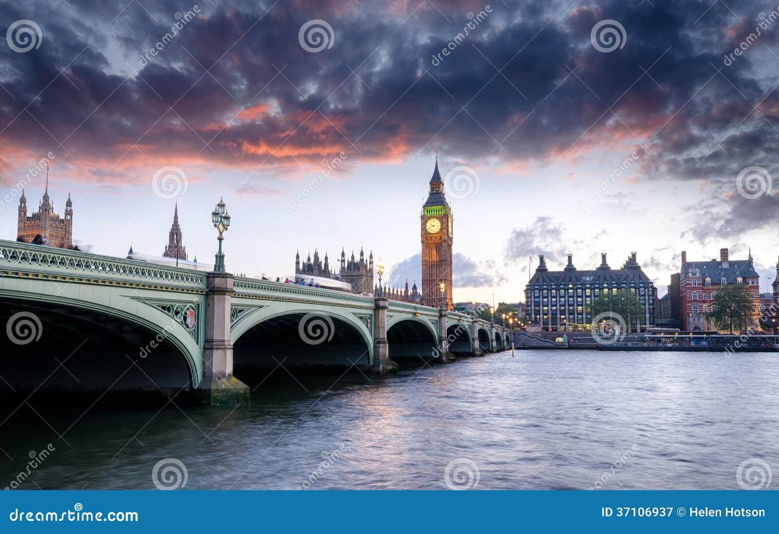 黄昏的伦敦