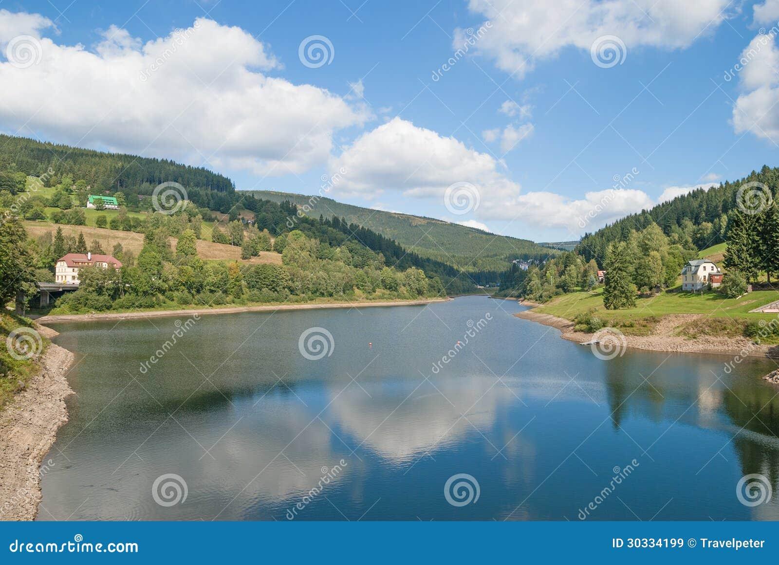 易北河水库,大山,捷克