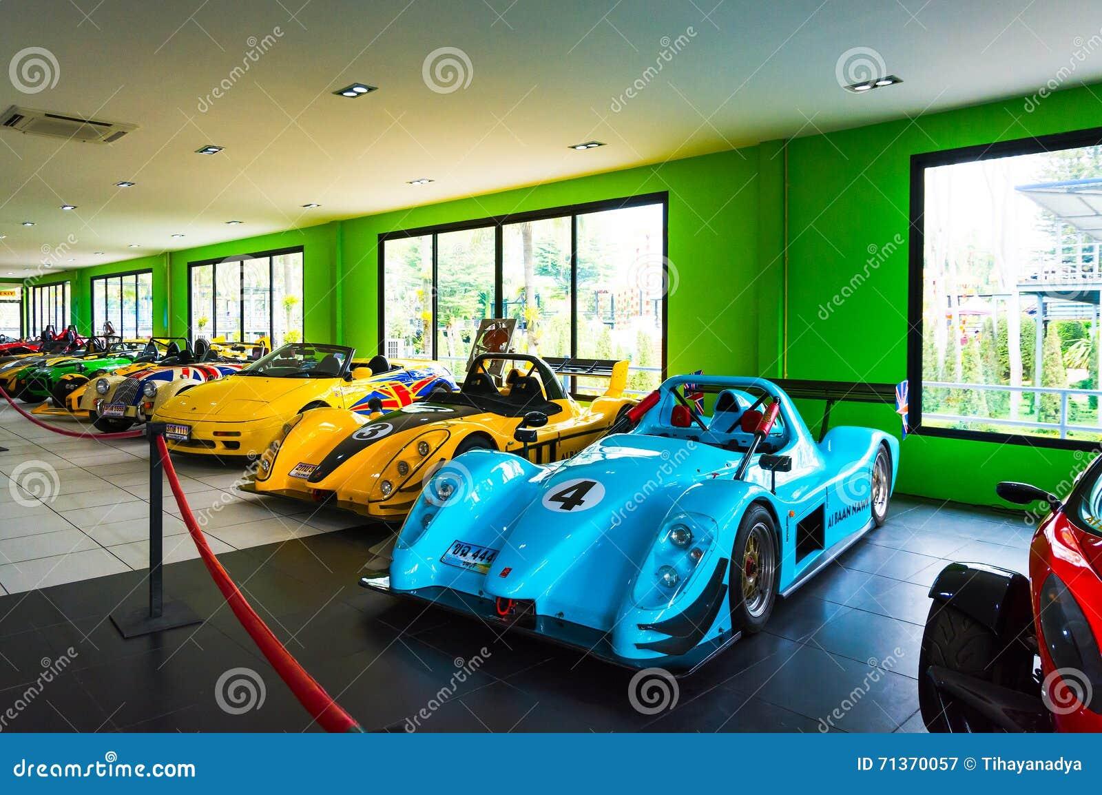 春武里市,泰国- 2016年3月18日:汽车博物馆展示在Nong Noo