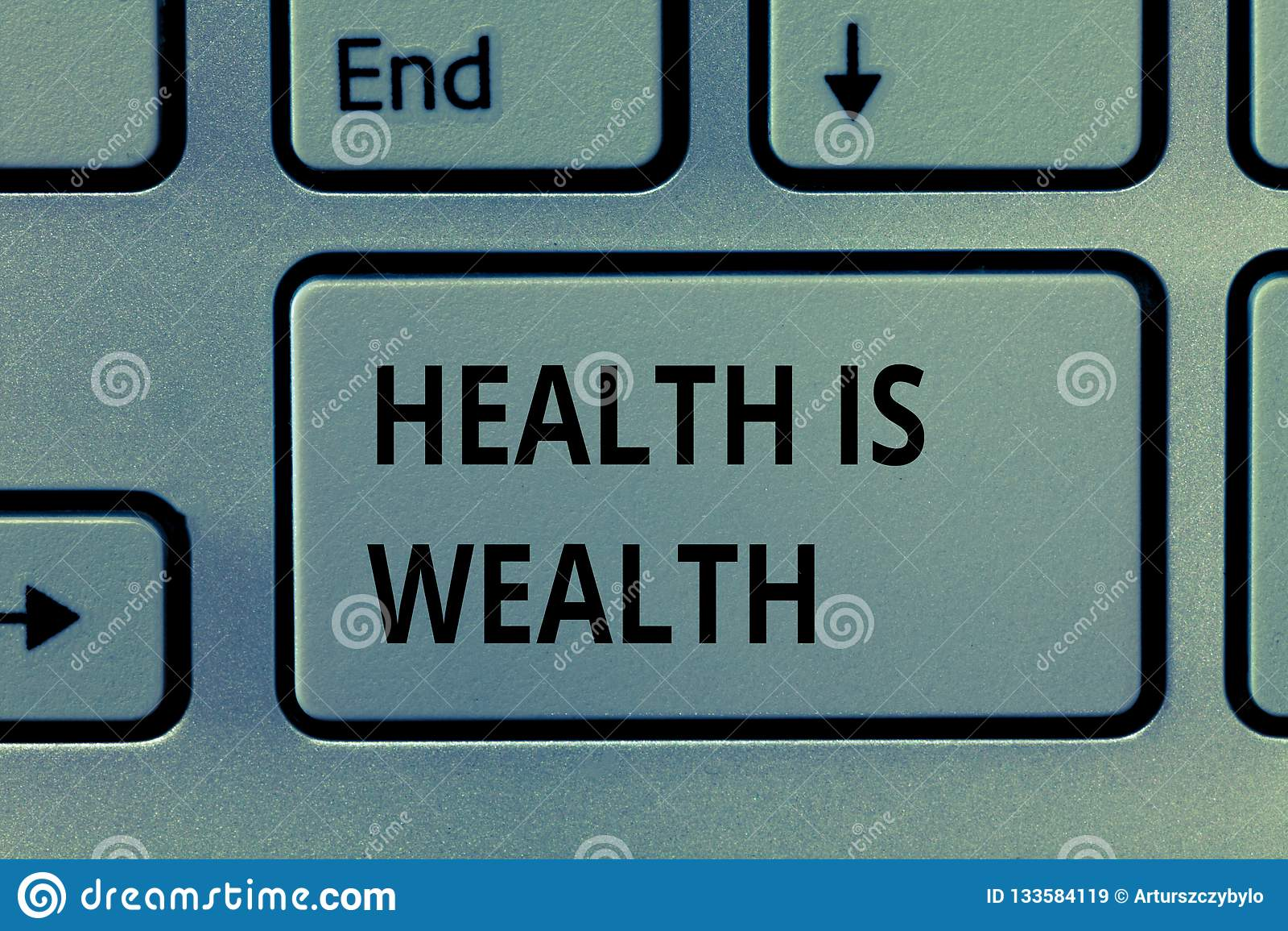 显示健康的文本标志是财富 是概念性的照片健康的比是重要富裕的