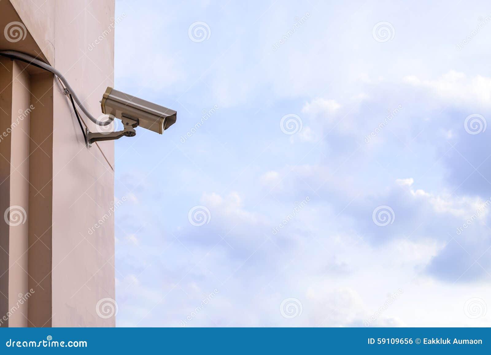 显示器事件的安全监控相机在城市