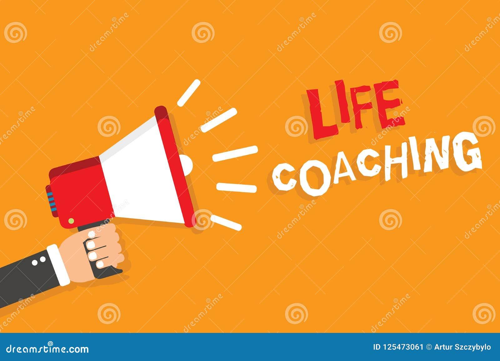 显示生活教练的概念性手文字 企业照片陈列由挑战改进生活鼓励我们在我们的事业