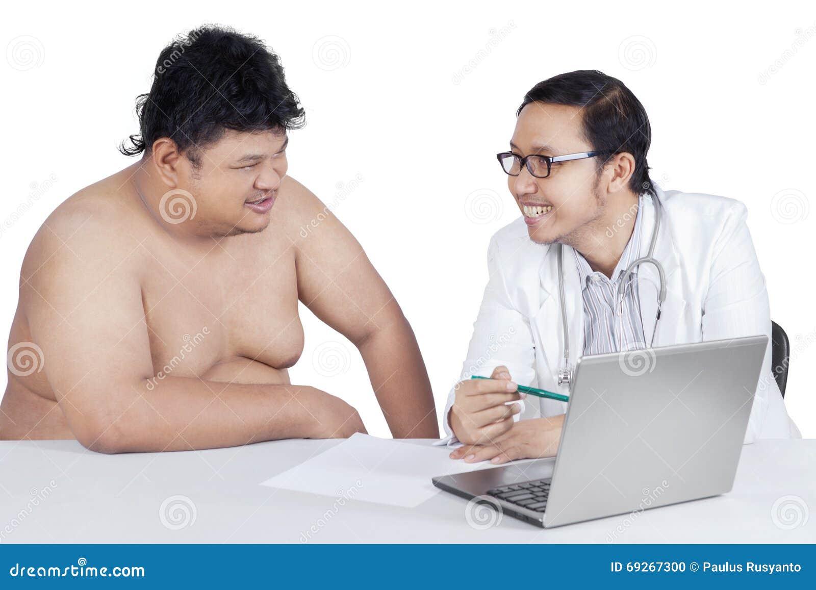 显示结果的医生检查