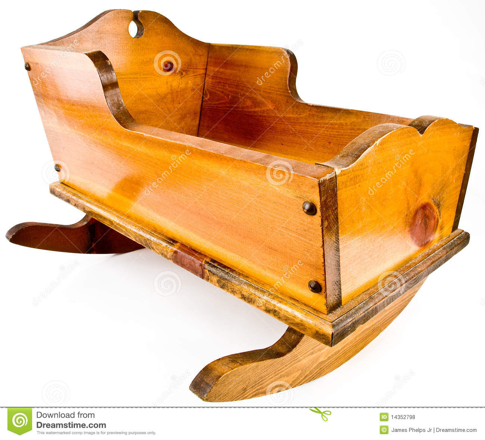 晃动实体木材的摇篮小儿床