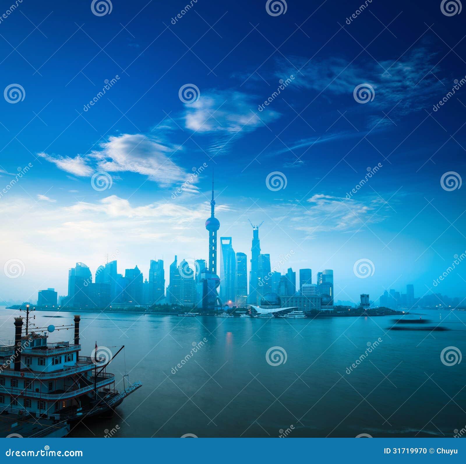 破晓的上海