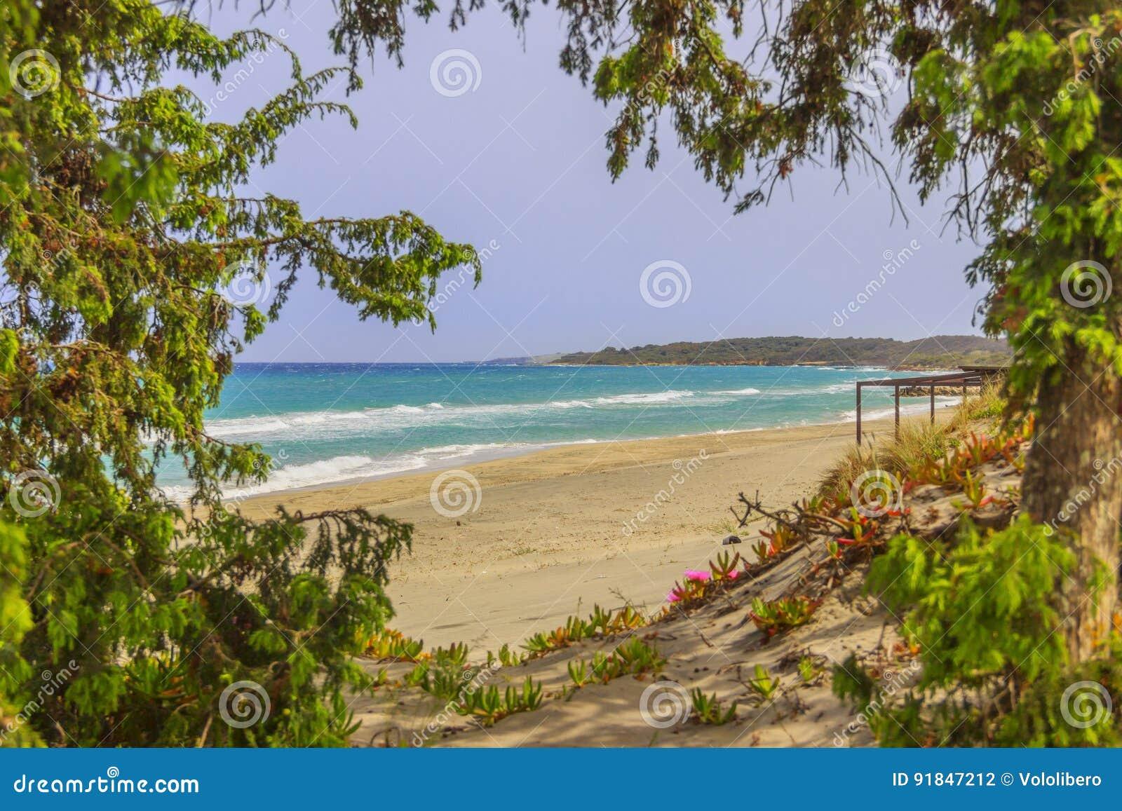 普利亚最美丽的沙滩  Salento海岸:Alimini海滩,意大利莱切
