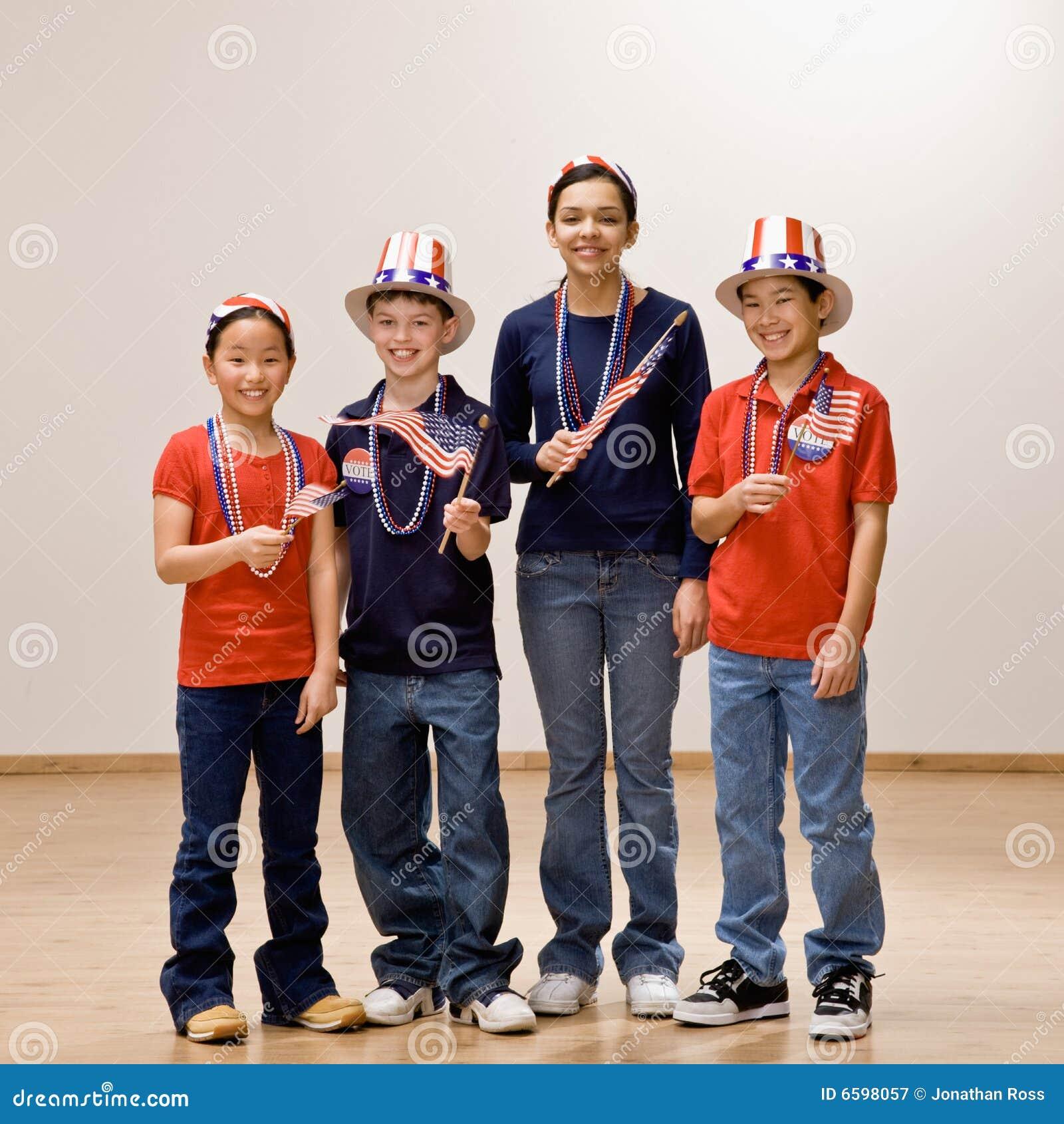 暂挂佩带的美国儿童标志帽子
