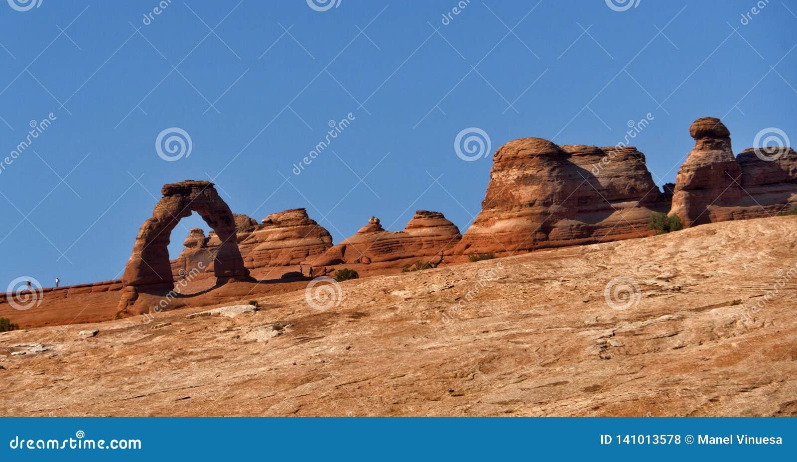 曲拱成拱形精美国家公园美国犹他