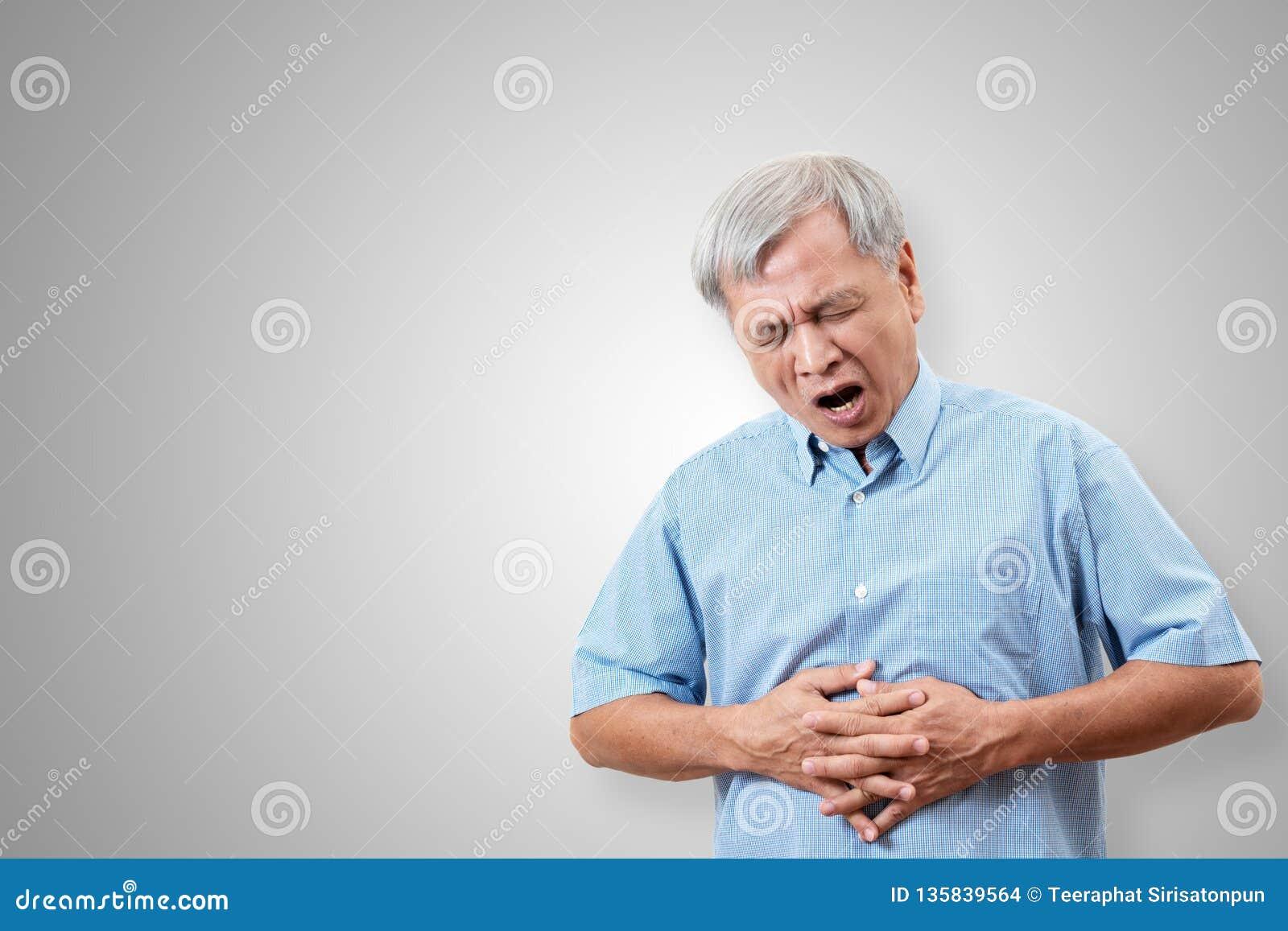 更老的亚裔人有肚子疼痛苦概念有被隔绝的背景 遭受消化的资深或成熟人民