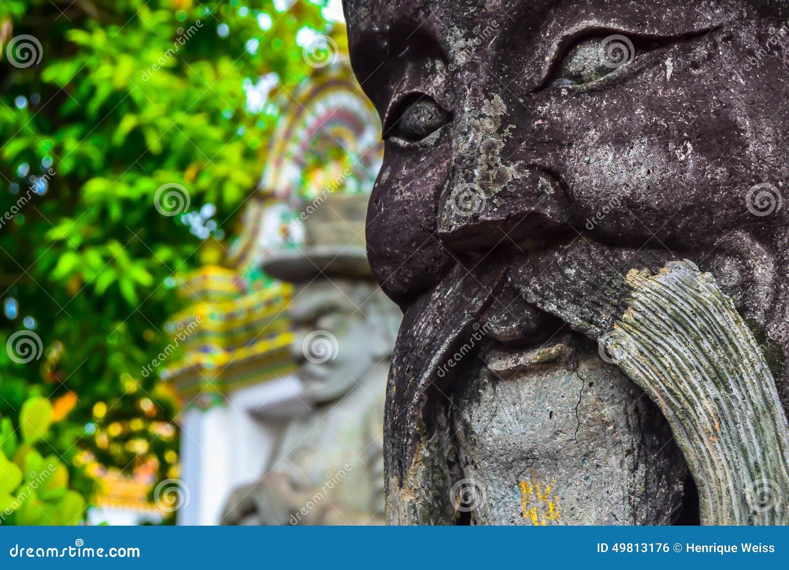 从曼谷的雕象