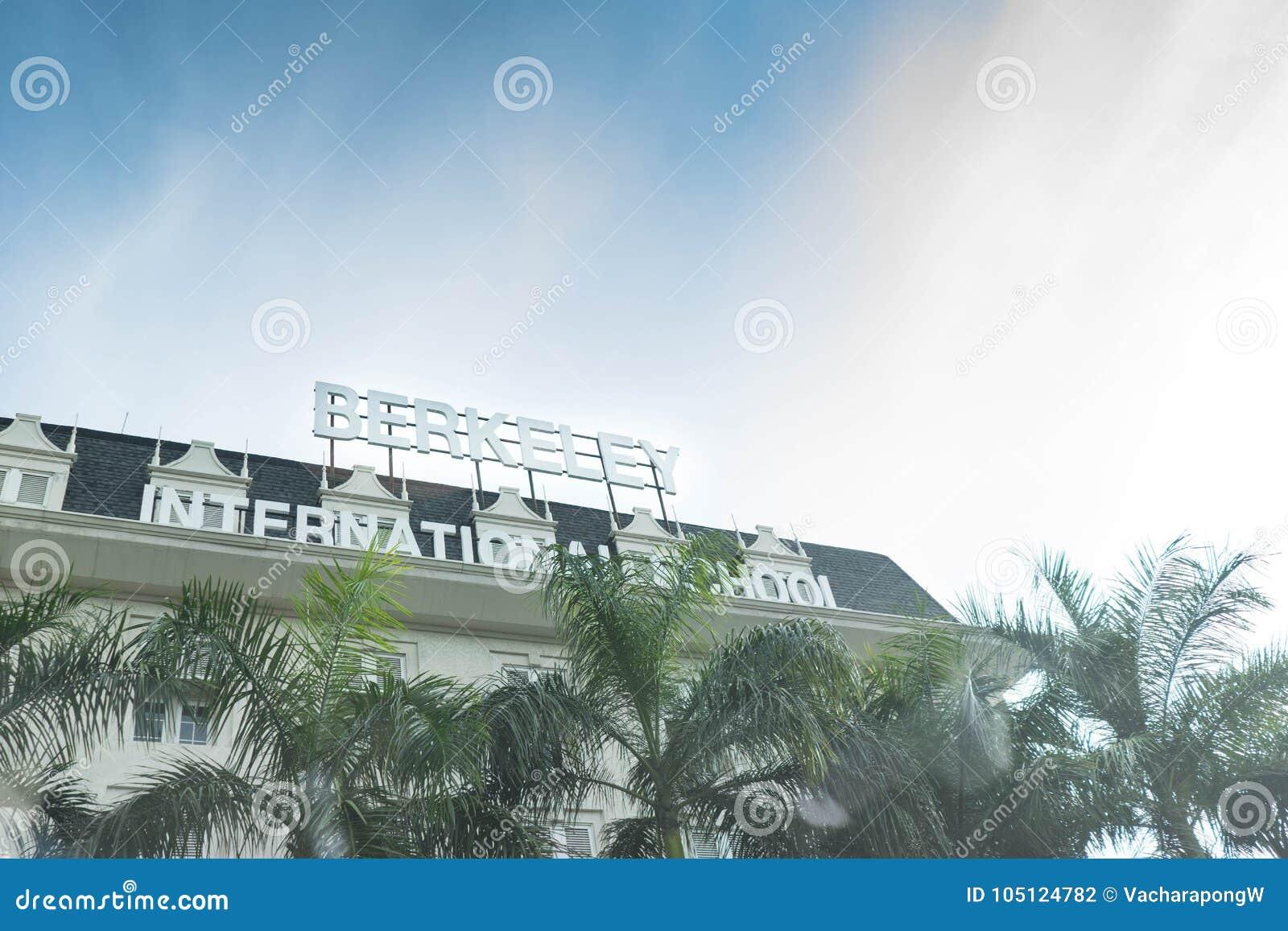 曼谷,泰国, 2017年10月12日,泰国学校命名了伯克利internat