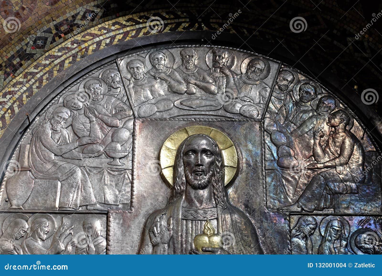 最后的晚餐,耶稣的耶稣圣心的法坛在圣布莱斯教会里在萨格勒布
