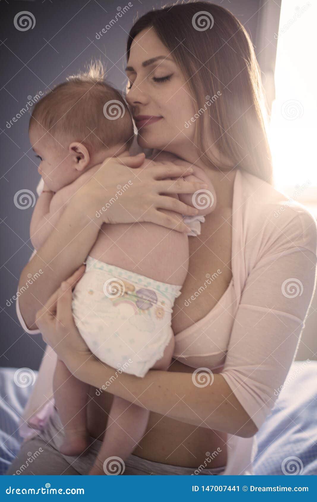 最美丽的气味是纯净的婴孩
