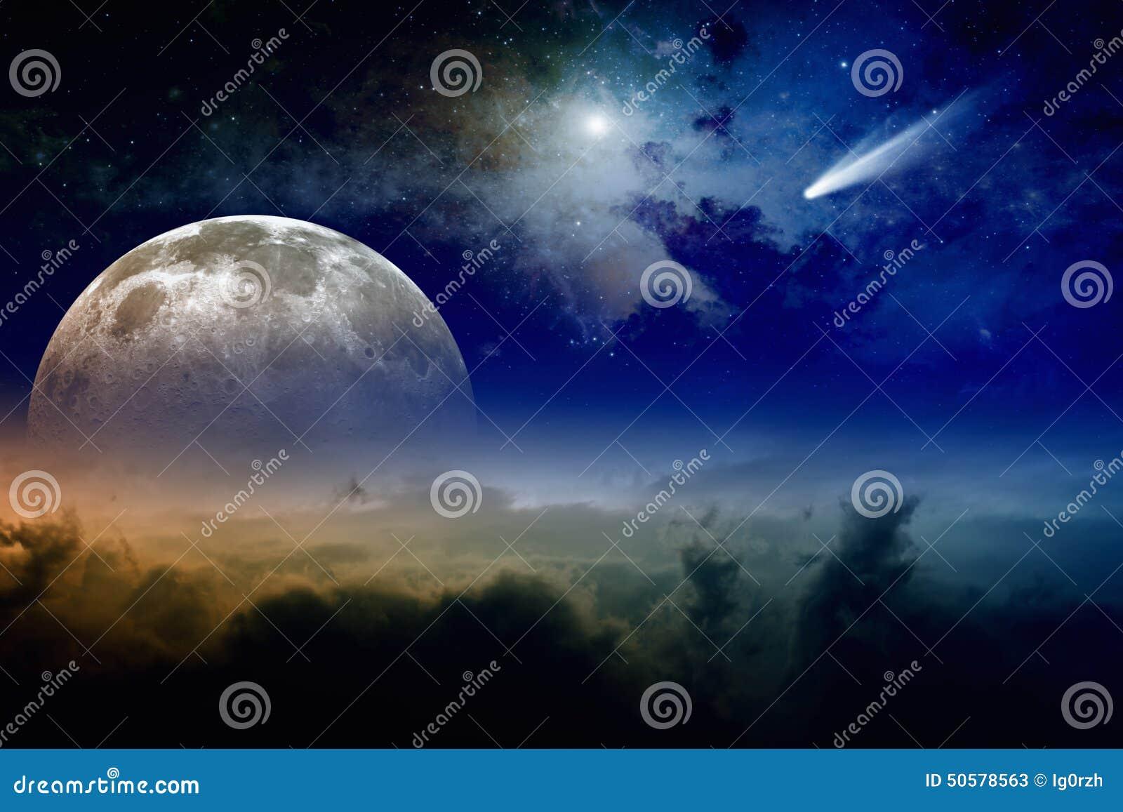 满月和彗星