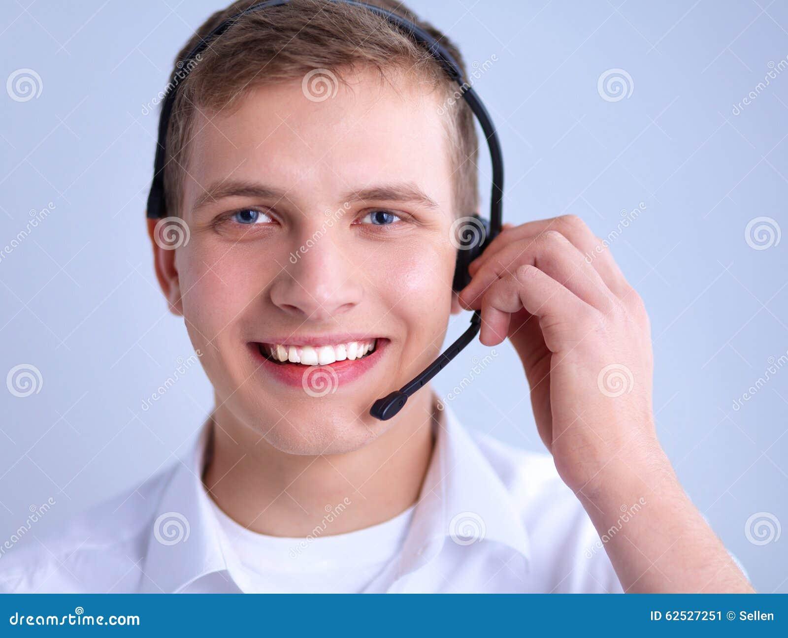 有一个耳机的用户支持操作员在白色