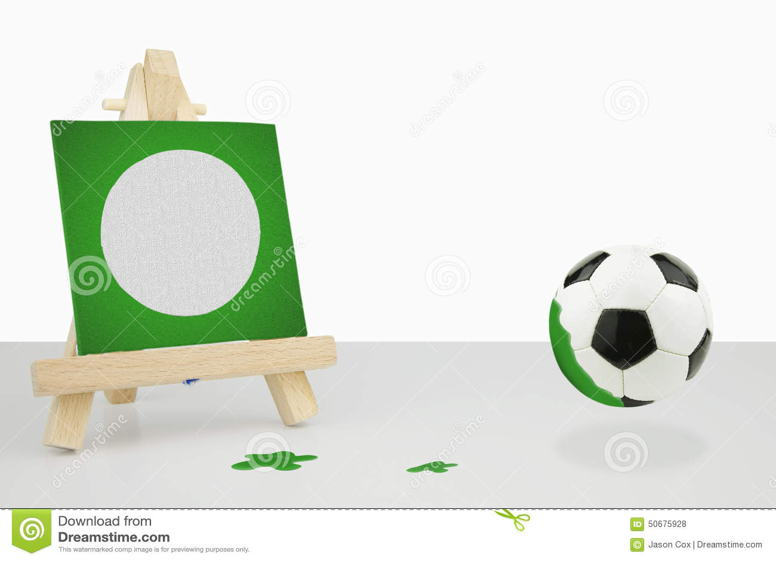 Download 有一张绿色帆布橄榄球绘画的,橄榄球艺术家画架 库存照片. 图片 包括有 空间, 橄榄球, 换码, ,并且 - 50675928