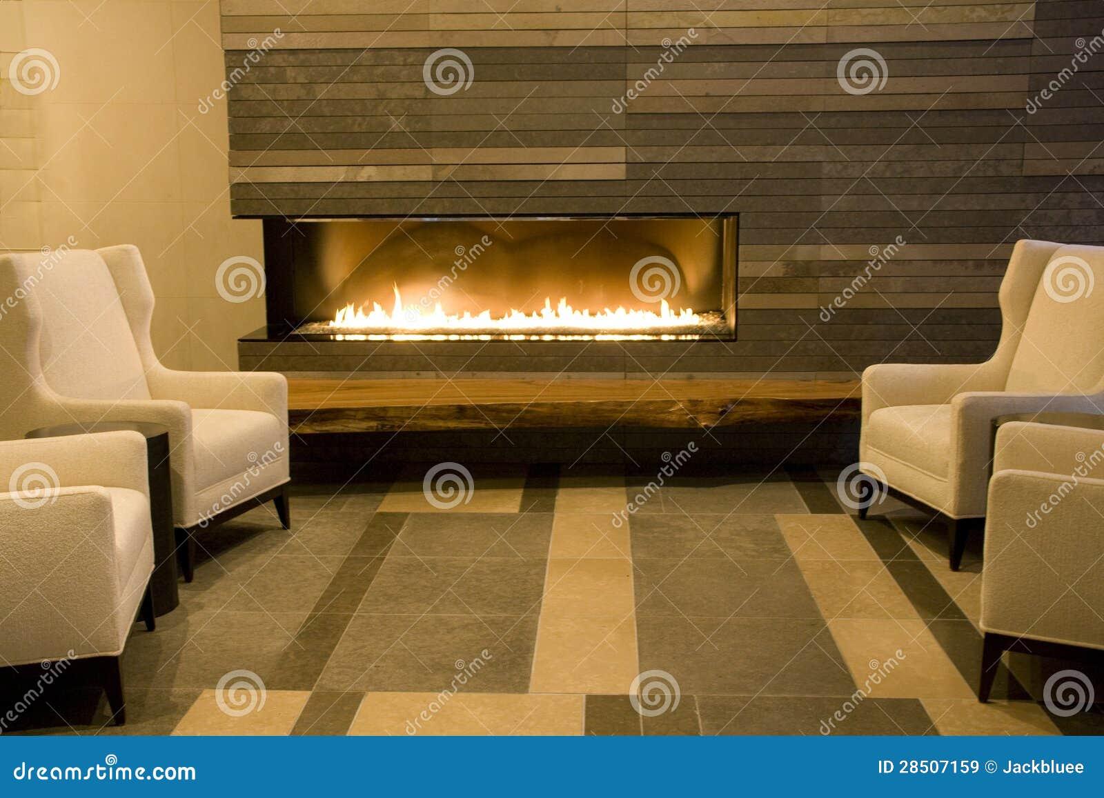 有壁炉的豪华客厅