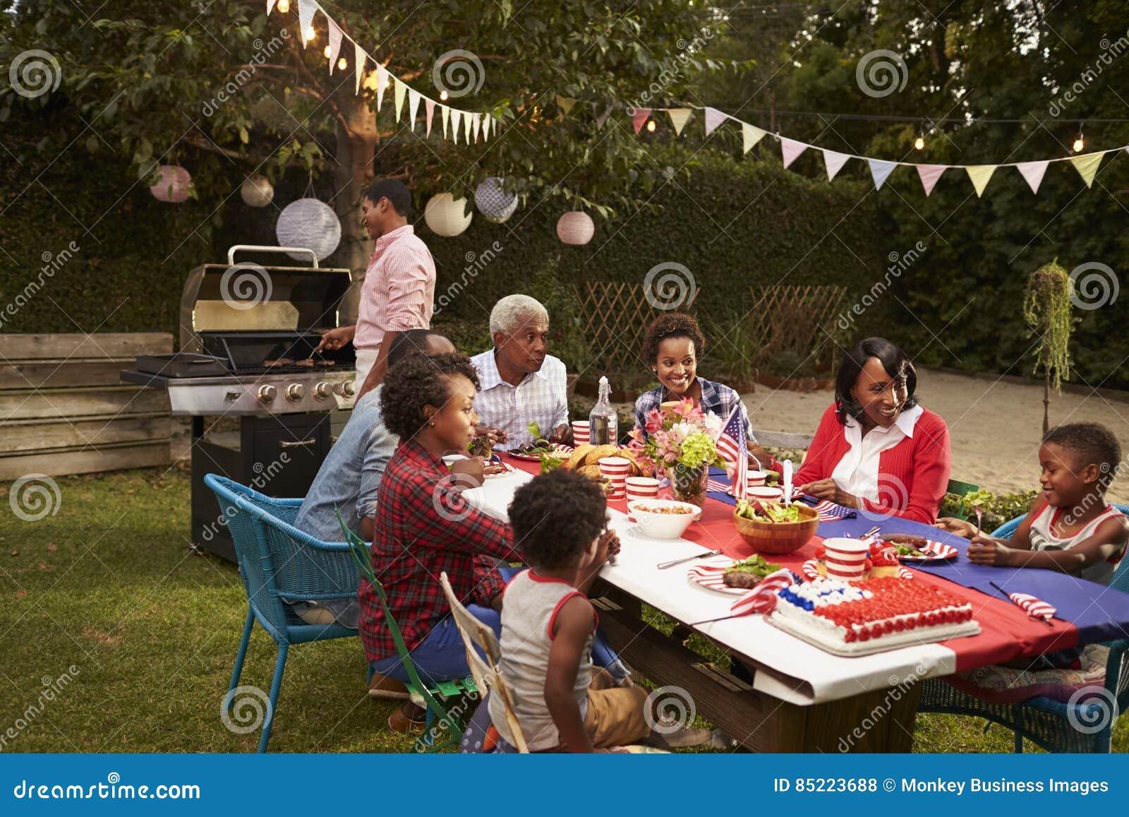 有多一代黑色的家庭7月4日烤肉