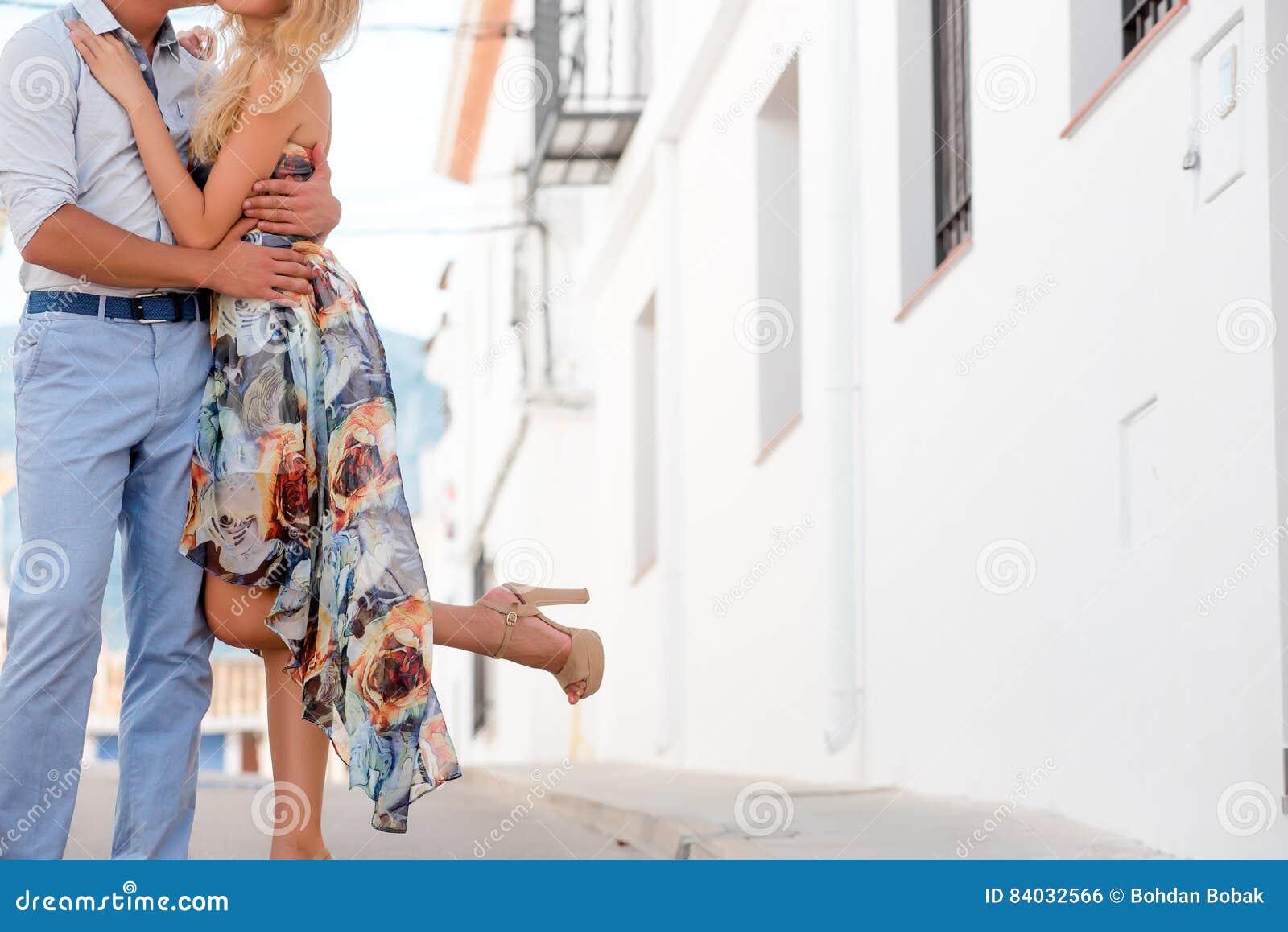 有夫妇的日期 腿特写镜头