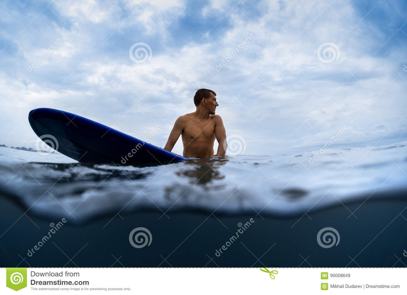有委员会的冲浪者